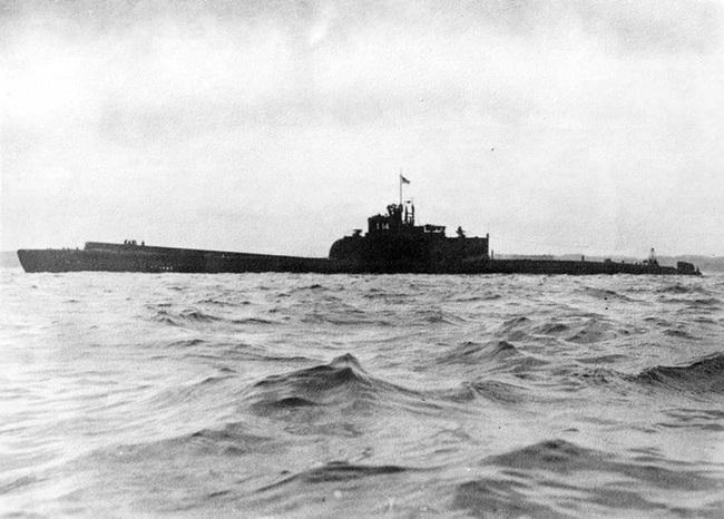"""Tham vọng sở hữu tàu sân bay """"lai"""" tàu ngầm của Nhật Bản (Kỳ 2) - Ảnh 2."""