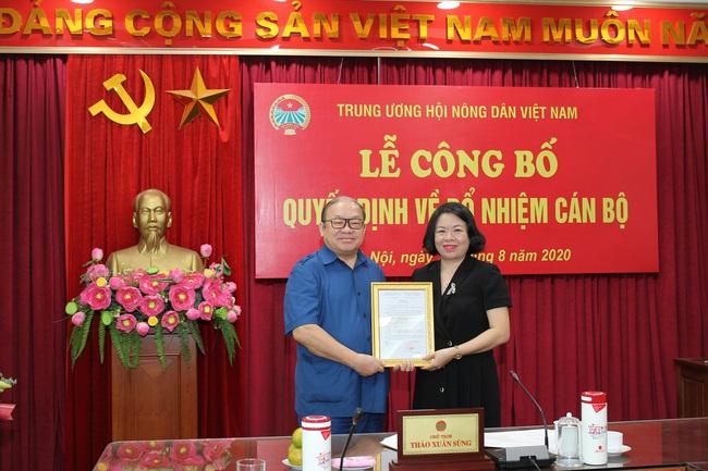 Bà Nguyễn Thị Thanh Huyền được bổ nhiệm làm Tổng Biên tập Tạp chí Nông thôn mới - Ảnh 1.