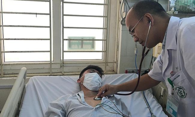 Mải lo phòng dịch Covid-19, chủ quan với sốt xuất huyết - Ảnh 1.