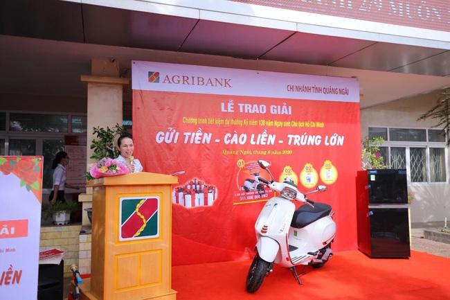 Agribank Quảng Ngãi: Trao thưởng tổng trị giá trên 300 triệu đồng cho khách hàng gửi tiết kiệm - Ảnh 3.