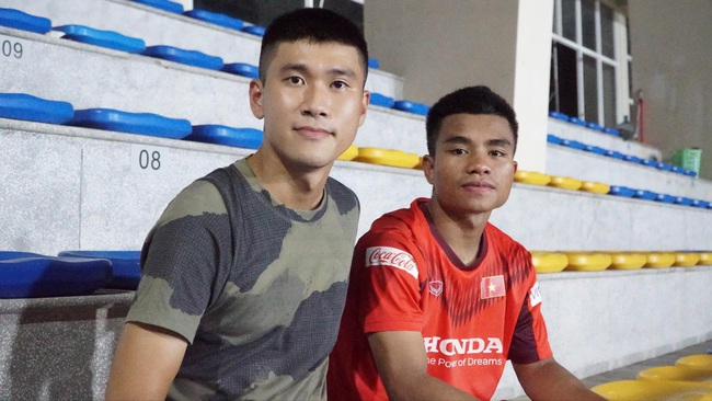Hồ Thanh Minh: Từ VĐV điền kinh đến tiền đạo đầy triển vọng của U22 Việt Nam - Ảnh 2.