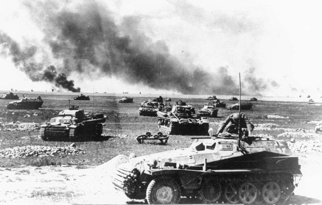 700 xe tăng Đức khiến 3.500 xe tăng Liên Xô thảm bại thế nào? - Ảnh 5.