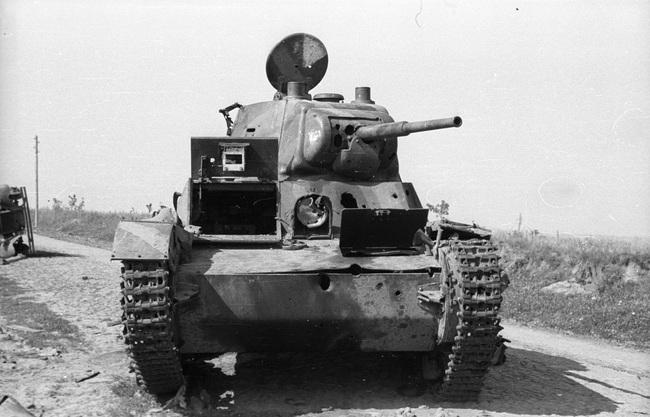 700 xe tăng Đức khiến 3.500 xe tăng Liên Xô thảm bại thế nào? - Ảnh 11.