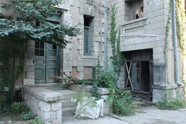 Câu chuyện ma quái về ngôi nhà số 81 ở Bắc Kinh - Ảnh 10.