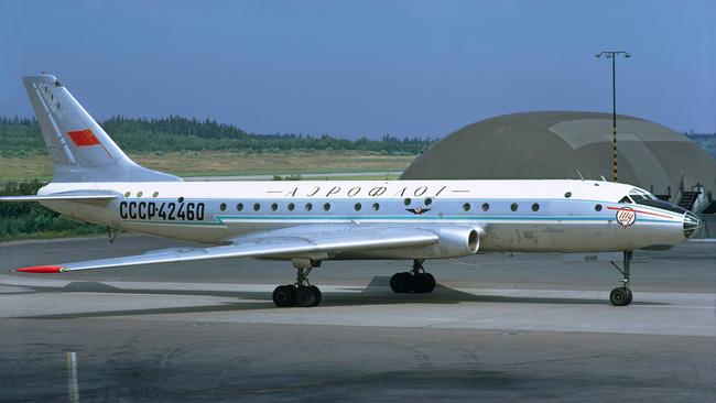 Tại sao Tu-104 lại là loại máy bay dân sự nguy hiểm nhất lịch sử Liên Xô - Ảnh 3.