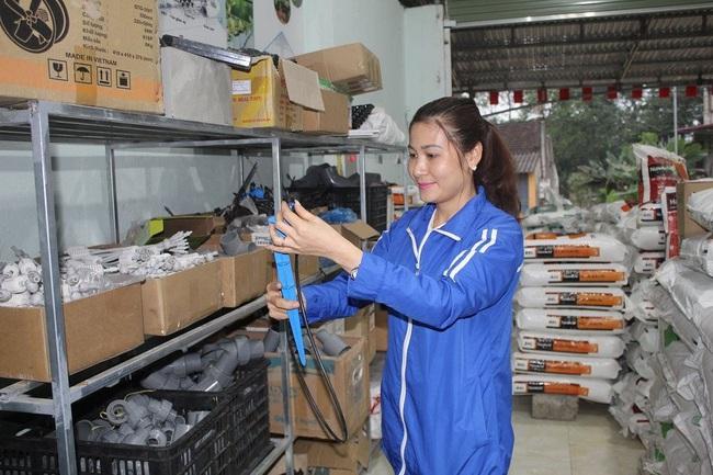 Nữ nông dân xứ Thanh mê nông nghiệp công nghệ cao  - Ảnh 1.