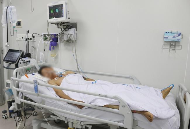 TP.HCM: Thêm một bệnh nhân nhập viện do ngộ độc pate Minh Chay - Ảnh 1.