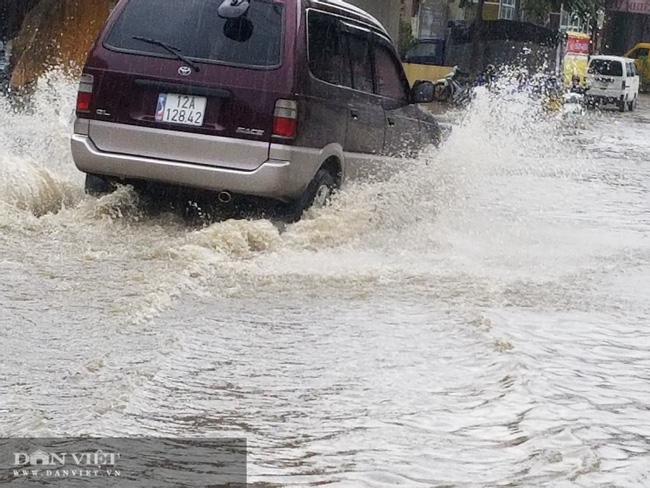 Lạng Sơn: Ảnh hưởng cơn bão số 2, nhiều tuyến đường bị ngập  - Ảnh 2.