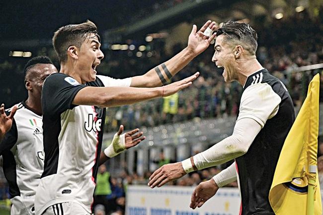Vượt mặt Ronaldo, Dybala nhận giải Cầu thủ hay nhất Serie A 2019/20 - Ảnh 1.