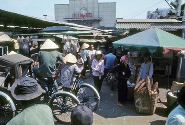 Ảnh hiếm về chợ Bà Chiểu ở Sài Gòn nửa thế kỷ trước - Ảnh 7.