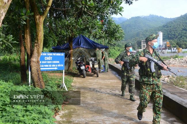 """Clip: Biên phòng Quảng Ninh """"ăn khe, ở rừng"""" chống dịch Covid 19 - Ảnh 2."""