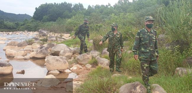 """Clip: Biên phòng Quảng Ninh """"ăn khe, ở rừng"""" chống dịch Covid 19 - Ảnh 5."""