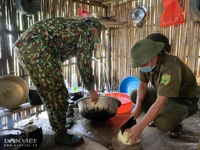 """Clip: Biên phòng Quảng Ninh """"ăn khe, ở rừng"""" chống dịch Covid 19 - Ảnh 6."""
