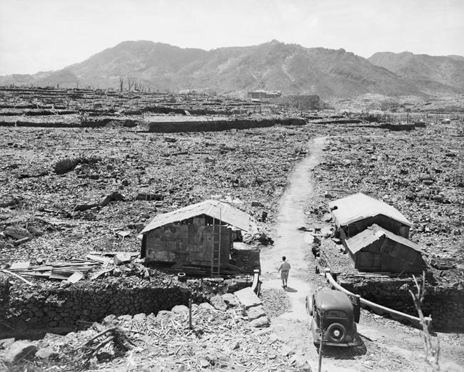 Vì sao Mỹ thả quả bom nguyên tử thứ hai sau khi hủy diệt Hiroshima - Ảnh 4.