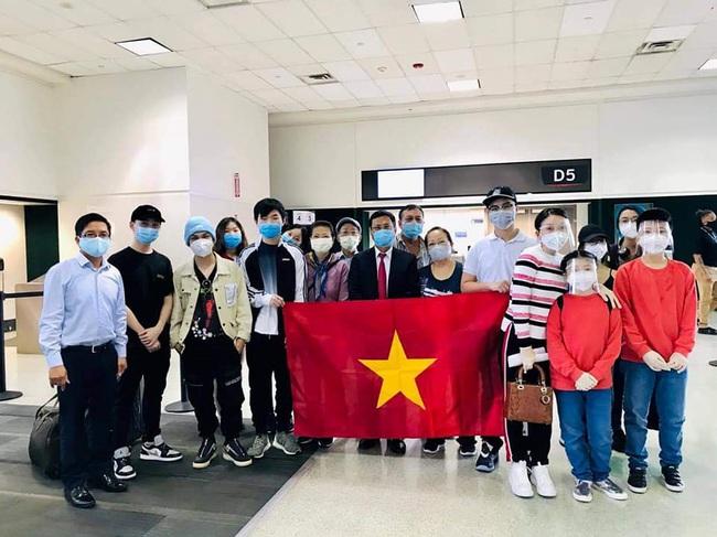 Đã đưa 21.000 công dân Việt Nam về nước trong dịch Covid-19 - Ảnh 1.