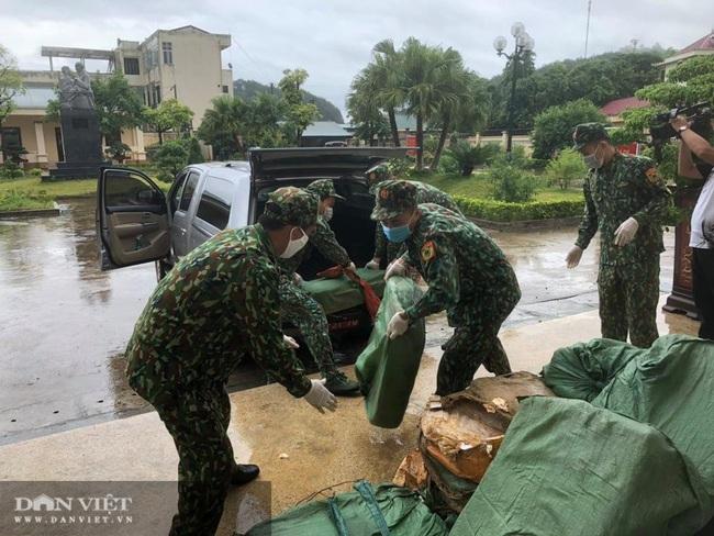 Lạng Sơn: 1 đêm bắt giữ 450 kg nầm lợn và hàng nghìn khẩu trang  - Ảnh 1.