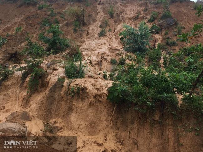 Gần chục nghìn m3 đất đồi chân bãi thải mỏ than Yên Phước bị sụt lún - Ảnh 2.