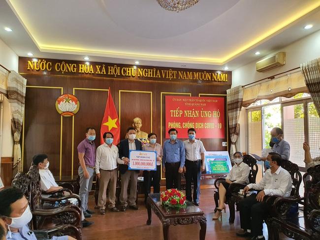 Covid-19: Tập đoàn FVG ủng hộ 1 tỷ đồng Bệnh viên Đa khoa Trung ương Quảng Nam  - Ảnh 2.