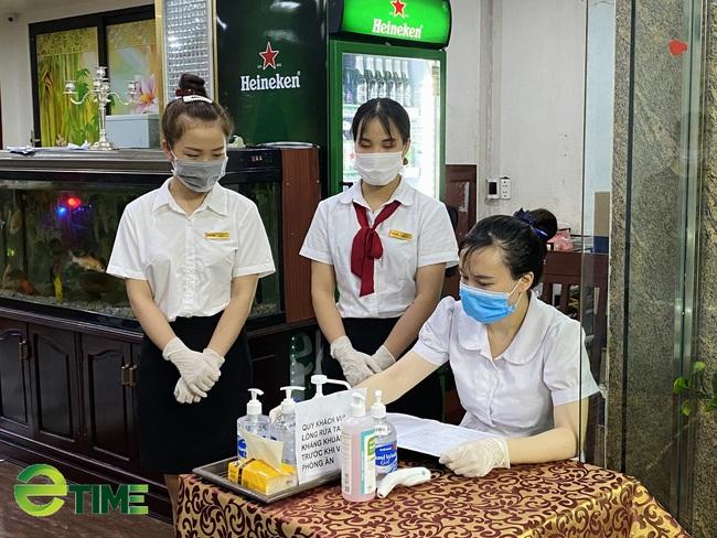 """Quảng Ninh: Nhà hàng vẫn """"sống khỏe"""" vì đảm bảo công tác phòng, chống dịch Covid -19 - Ảnh 2."""