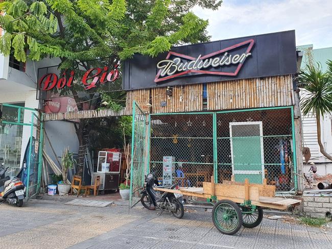 Được phép hoạt động trở lại, nhiều cơ sở kinh doanh tại Đà Nẵng vẫn chưa sẵn sàng - Ảnh 1.