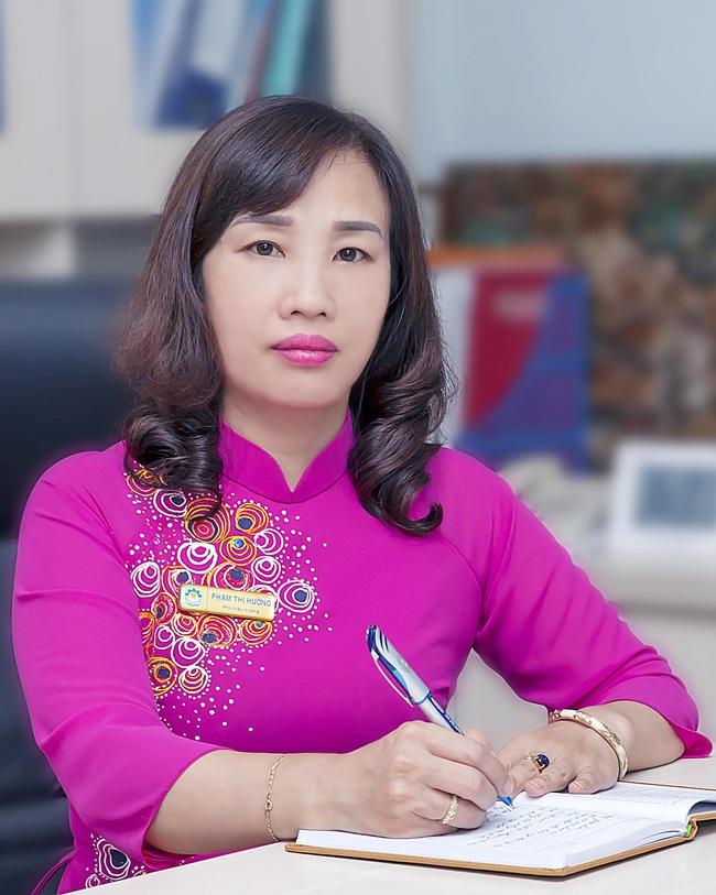 Bà Phạm Thị Hường - Hiệu trưởng CĐ nghề Công nghiệp Hà Nội