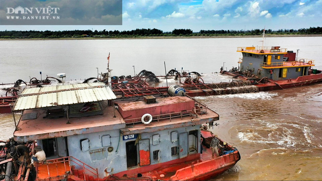 Sông Đà Hà Nội hút cát tàn phá biển tại Nam Định và những con số lớn khủng khiếp - Ảnh 1.