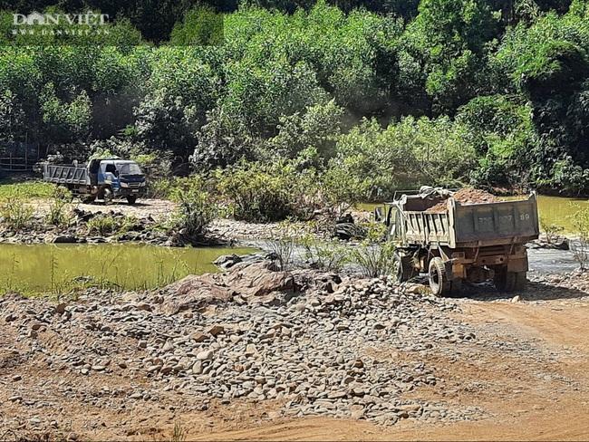 Quảng Trị: Khai thác cát sỏi bất chấp lệnh dừng hoạt động - Ảnh 4.