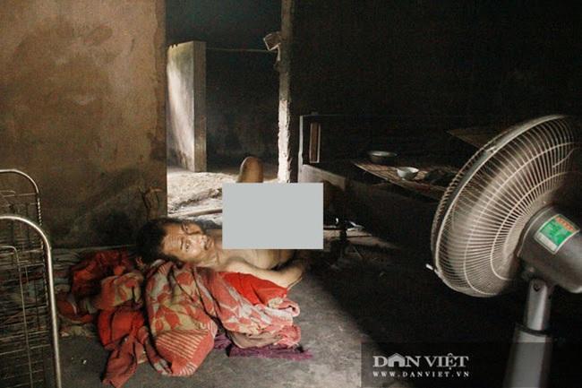 Hà Tĩnh: Nỗi đau xé lòng người cha 82 tuổi xích con tâm thần và nuôi vợ bệnh tật - Ảnh 3.