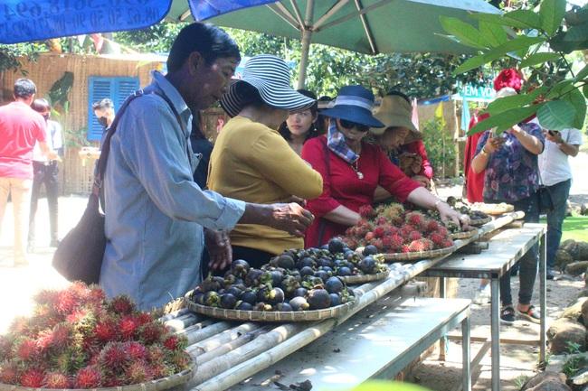 Thu tiền tỷ nhờ nâng tầm trái cây đặc sản - Ảnh 1.