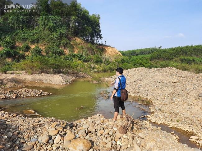 Quảng Trị: Người dân tố bị ký khống vào biên bản tham vấn cộng đồng cho công ty khai thác cát, sỏi - Ảnh 1.
