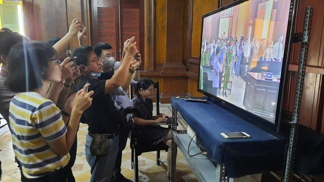 Đang xét xử nguyên Phó chủ tịch UBND TP.HCM Nguyễn Thành Tài - Ảnh 4.