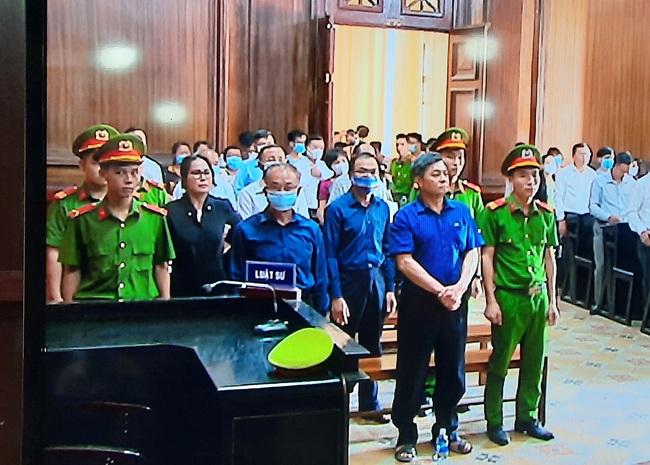 Xét xử nguyên Phó chủ tịch UBND TP.HCM Nguyễn Thành Tài: Các bị cáo khai ông Lê Hoàng Quân có liên quan đến vụ việc - Ảnh 2.