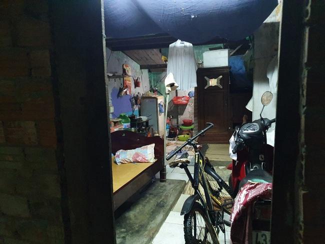 Đà Nẵng: Khẩn trương sơ tán người dân trong đêm đến nơi tránh bão - Ảnh 2.
