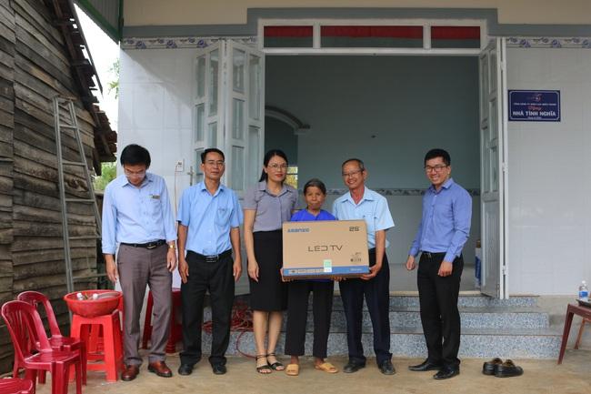 PC Đắk Nông: Khánh thành, bàn giao 6 căn nhà tình nghĩa năm 2020 - Ảnh 3.