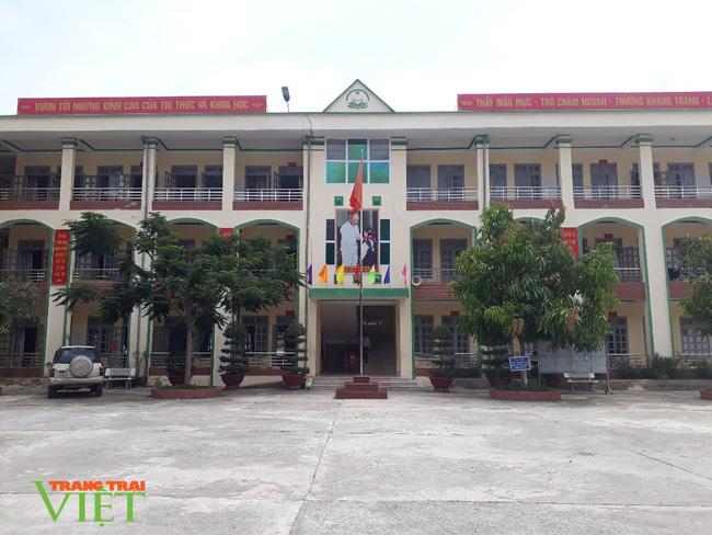 Nậm Nhùn quan tâm nâng cao chất lượng học sinh dân tộc Mảng - Ảnh 2.