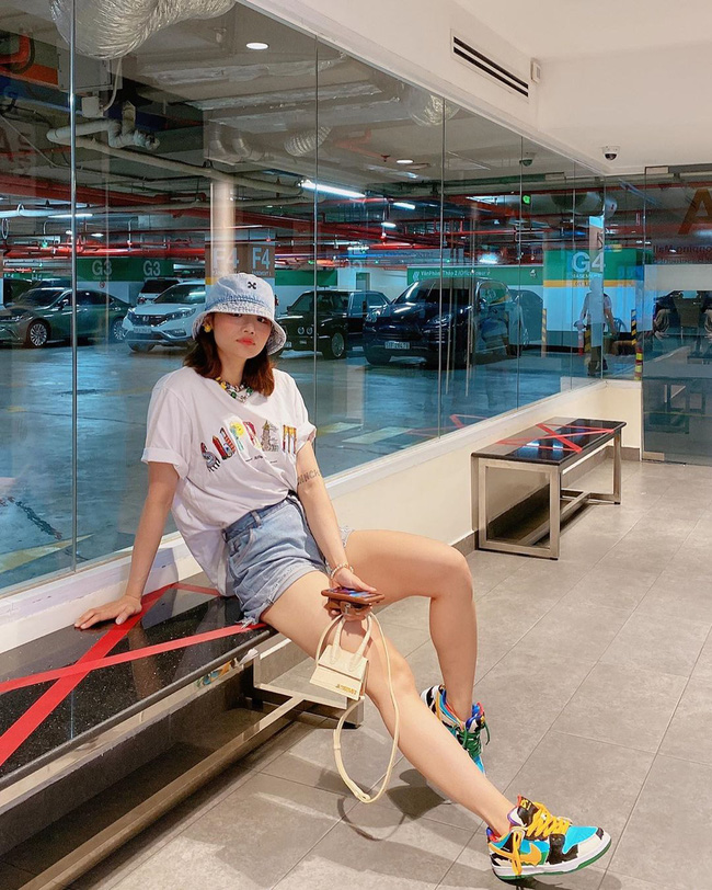 Hoa hậu Phương Khánh để lộ dấu hiệu khác lạ, Ngọc Trinh gây choáng bằng điệu cười huyền thoại - Ảnh 9.