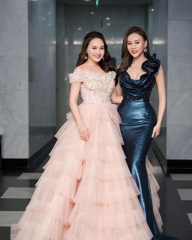 Hoa hậu Phương Khánh để lộ dấu hiệu khác lạ, Ngọc Trinh gây choáng bằng điệu cười huyền thoại - Ảnh 10.
