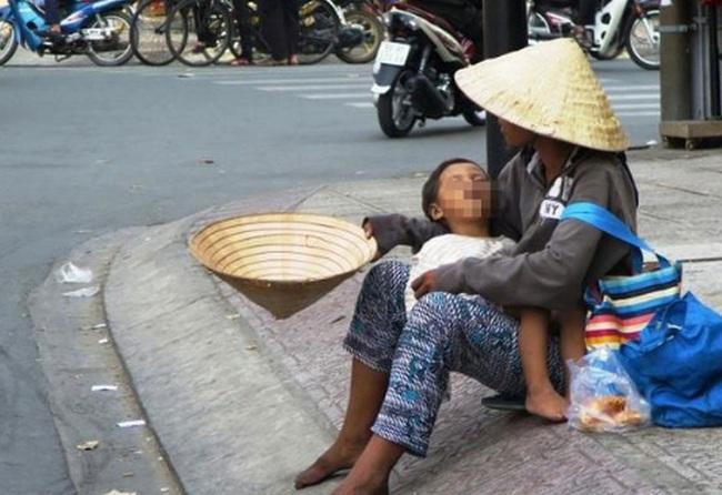 Chủ tịch TT-Huế yêu cầu điều tra nạn chăn dắt trẻ em, người khuyết tật  - Ảnh 1.