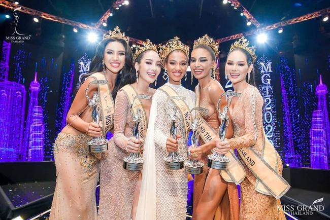 Lý do không ngờ giúp cô gái 22 tuổi đăng quang Hoa hậu Hòa bình Thái Lan 2020 - Ảnh 2.