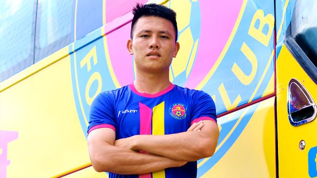Vừa đến Thanh Hóa, vì sao cựu tuyển thủ U19 Việt Nam vội ra đi? - Ảnh 1.