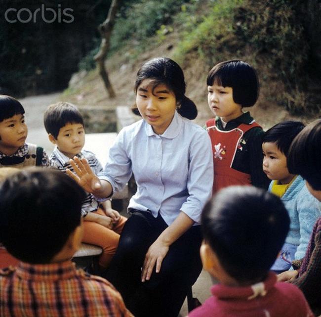 Ảnh quý giá về nhà giáo Việt Nam thời kháng chiến chống Mỹ - Ảnh 7.
