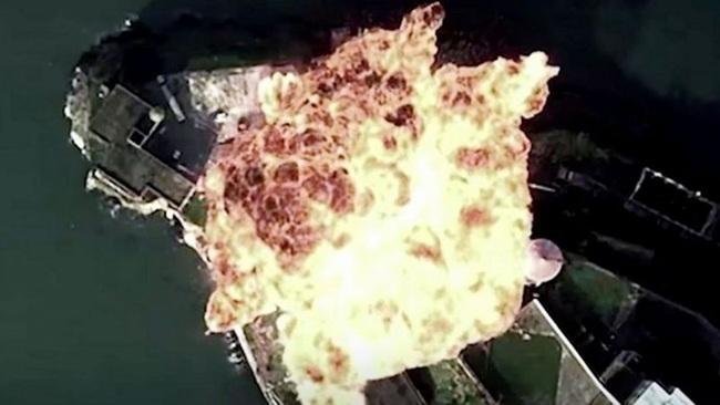 """Không quân Trung Quốc tung video mô phỏng tấn công đảo giống Guam, """"dằn mặt"""" Mỹ - Ảnh 2."""