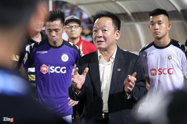 2 ông bầu góp công đưa bóng đá Việt Nam lên vị trí số 1 ĐNÁ: Bầu Đức và ai? - Ảnh 2.