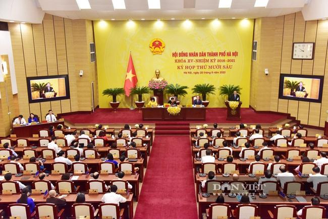 Hình ảnh ông Chu Ngọc Anh nhận nhiệm vụ Chủ tịch UBND TP Hà Nội - Ảnh 1.