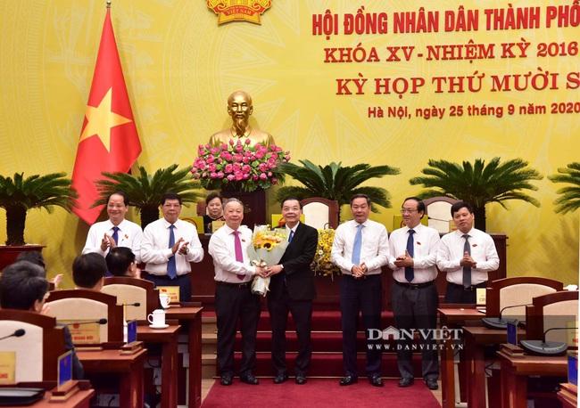 Hình ảnh ông Chu Ngọc Anh nhận nhiệm vụ Chủ tịch UBND TP Hà Nội - Ảnh 6.