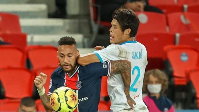 Phân biệt chủng tộc, Neymar bị treo giò… 20 trận? - Ảnh 1.
