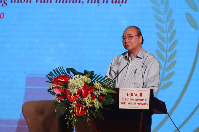 Thủ tướng đối thoại với nông dân: Nông nghiệp miền Trung - Tây Nguyên là mỏ vàng cần khai thác - Ảnh 31.