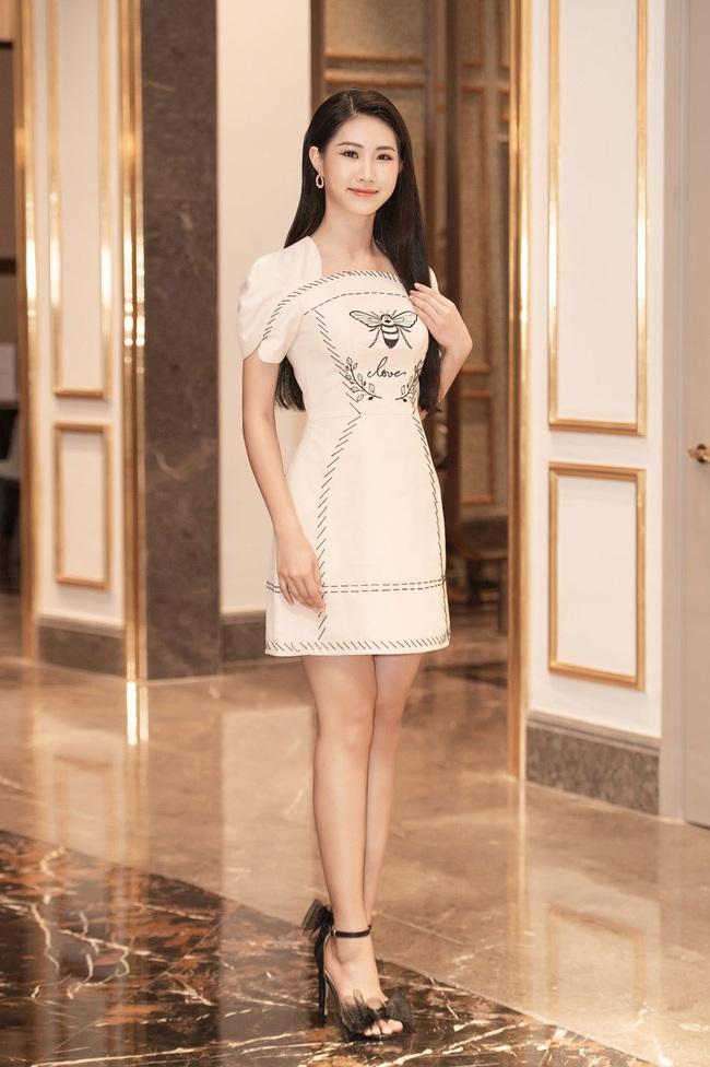 Lộ diện 30 người đẹp tiếp theo lọt vào bán kết Hoa hậu Việt Nam 2020 - Ảnh 10.
