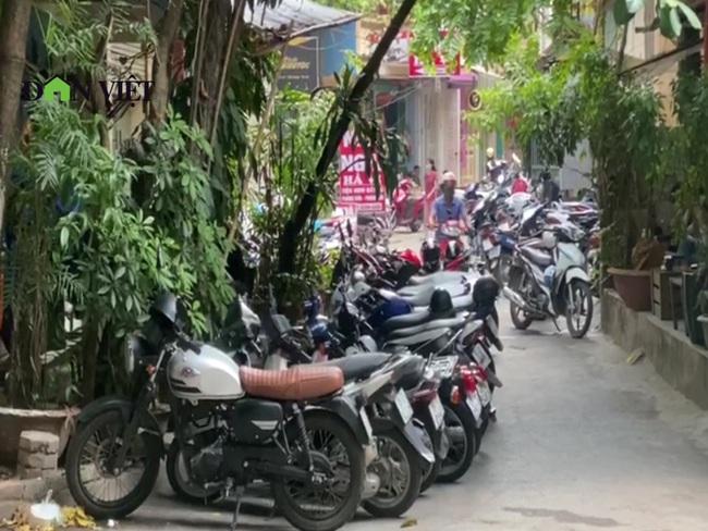 """Hà Nội: Chiếm hành lang an toàn trạm biến áp làm quán cà phê, chính quyền """"bất lực""""? - Ảnh 3."""