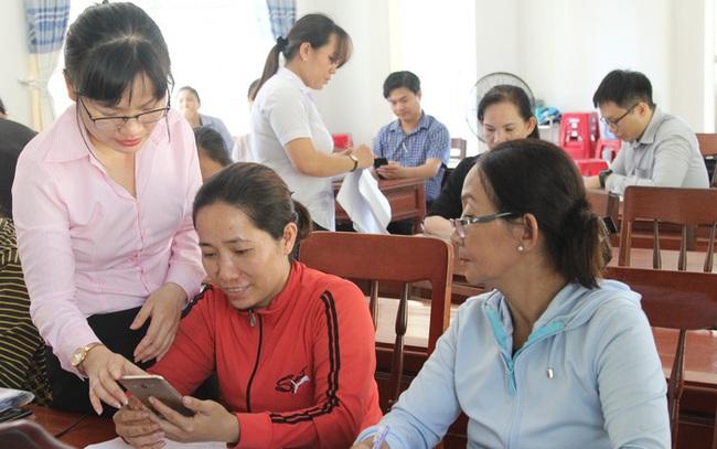 Tin mới: Ra mắt app giáo dục tài chính đầu tiên cho người nghèo - Ảnh 1.